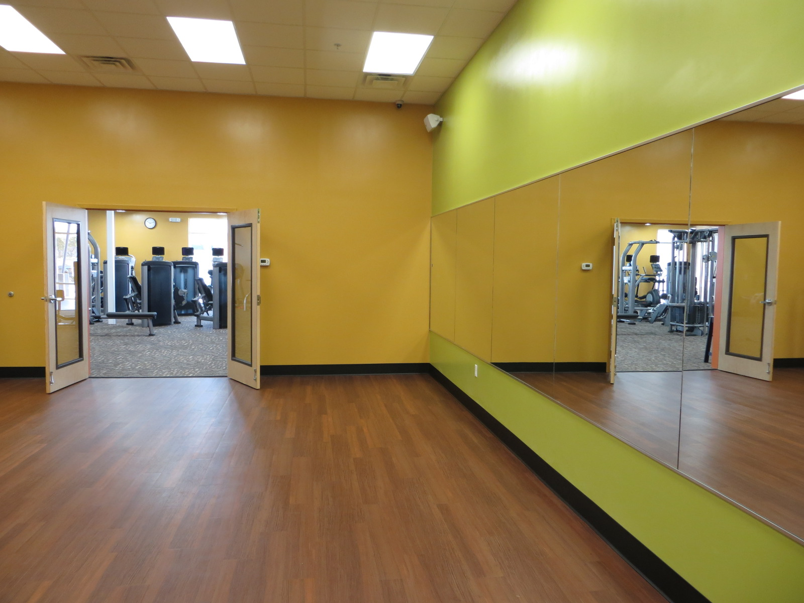Group fitness room build paragon